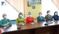 Владимир Чернов встретился с новыми врачами