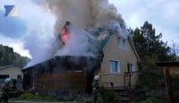 В Сосновом Логу от пожара пострадал двухэтажный дом